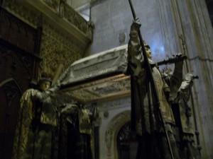 Mausoleo di Cristoforo Colombo 2